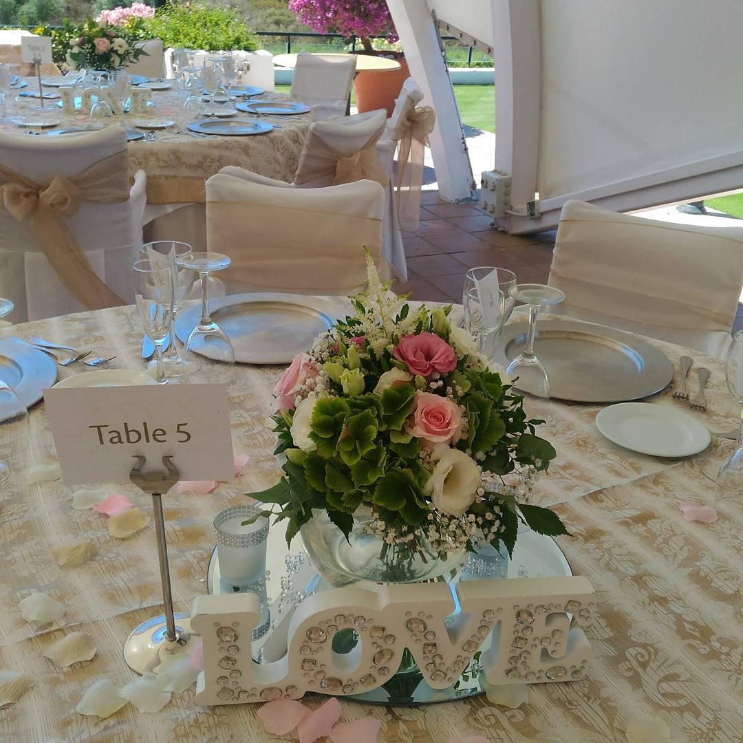 Centros de mesa de la boda de Samantha