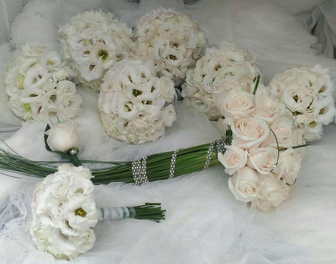 Ramo de novia, ramos de damas y prendido